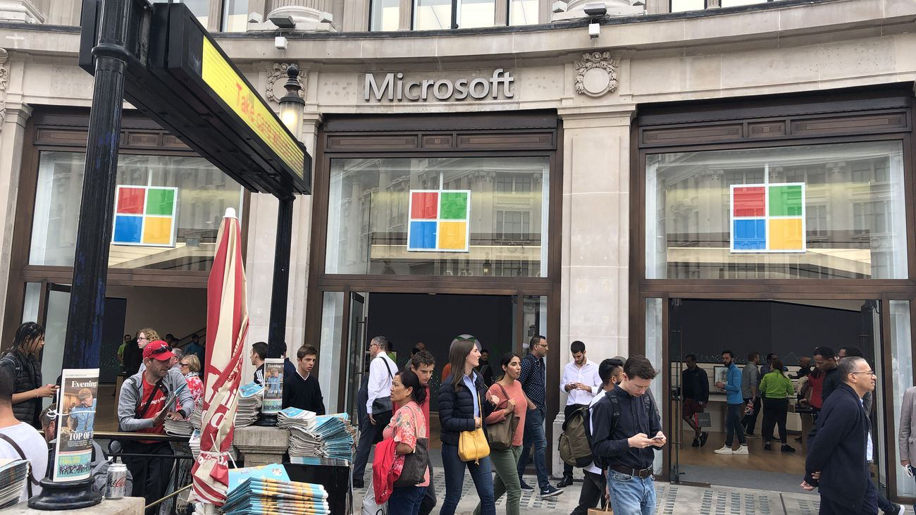 MS_store_entrance_2
