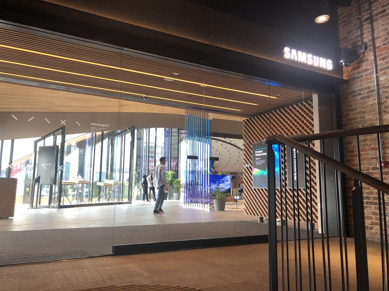 Samsung_KX_1